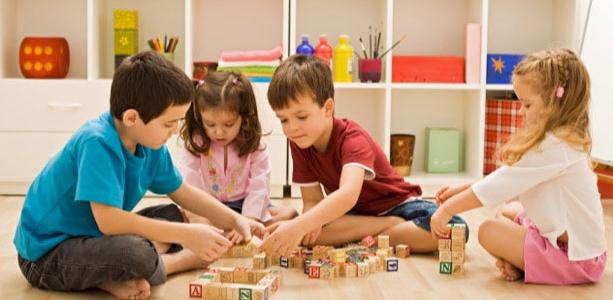 [RESSOURCE] lieux accueillants les parents et leurs enfants de moins de 6 ans à Grenoble